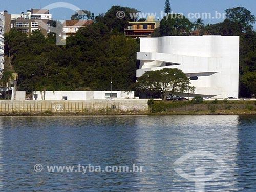 Edifício da Fundação Iberê Camargo (2008)  - Porto Alegre - Rio Grande do Sul - Brasil