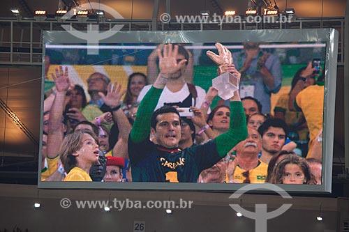Imagem do telão do Maracanã - jogador Júlio Cesar recebendo o prêmio Luva de Ouro - eleito o melhor goleiro durante a Copa das Confederações  - Rio de Janeiro - Rio de Janeiro - Brasil