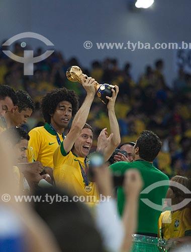 Assunto: Jogadores comemorando a conquista da Copa das Confederações no Estádio Jornalista Mário Filho - também conhecido como Maracanã / Local: Maracanã - Rio de Janeiro (RJ) - Brasil / Data: 06/2013