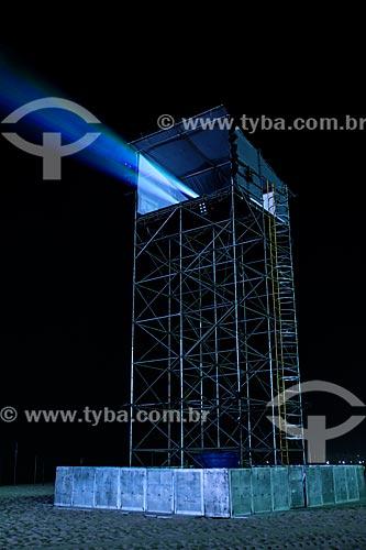 Assunto: Estrutura metálica com projetores próximo ao palco principal da Jornada Mundial da Juventude, montado na praia de Copacabana / Local: Copacabana - Rio de Janeiro (RJ) - Brasil / Data: 07/2013