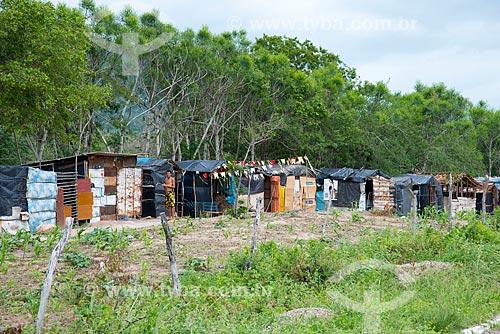 Assunto: Acampamento de sem terra na beira da BR-232 no Povoado de Ipanema / Local: Arcoverde - Pernambuco (PE) - Brasil / Data: 06/2013