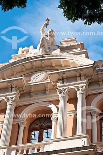 Assunto: Detalhe da fachada do Museu da Comunicação Hipólito José da Costa (1922) / Local: Porto Alegre - Rio Grande do Sul (RS) - Brasil / Data: 07/2013