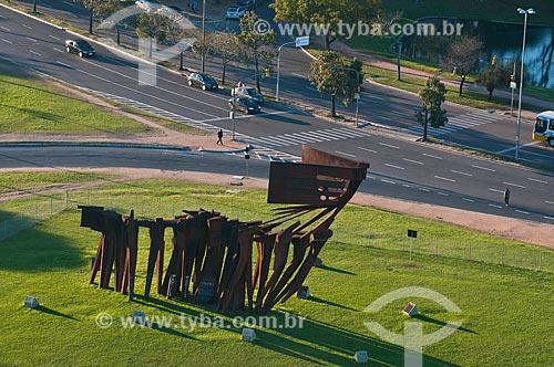 Assunto: Monumento aos Açorianos (1974) / Local: Porto Alegre - Rio Grande do Sul (RS) - Brasil / Data: 07/2013