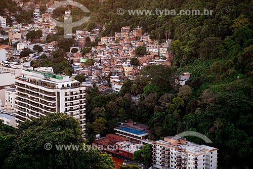 Assunto: Vista da Morro Chapéu Mangueira a partir do Forte Duque de Caxias - também conhecido como Forte do Leme / Local: Leme - Rio de Janeiro (RJ) - Brasil / Data: 07/2013