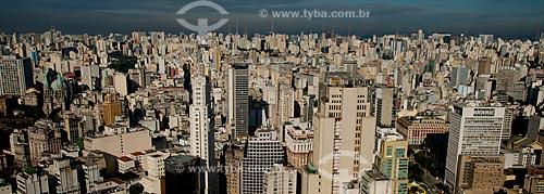 Assunto: Vista aérea da região da Avenida Paulista - Edifício Banespa com a Catedral da Sé (Catedral Metropolitana Nossa Senhora da Assunção) à esquerda / Local: Centro - São Paulo (SP) - Brasil / Data: 06/2013