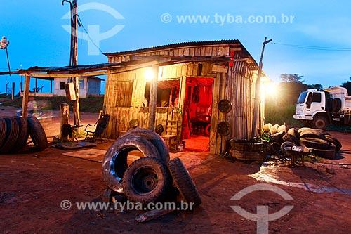 Assunto: Borracharia na Rodovia Manoel Urbano que liga Manaus à Iranduba / Local: Amazonas (AM) - Brasil / Data: 09/2013