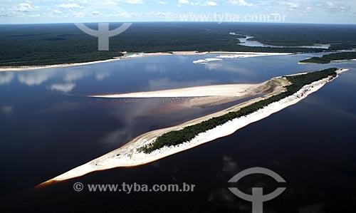 Assunto: Vista aérea do arquipélago fluvial de Anavilhanas no Rio Negro  / Local: Novo Airão - Amazonas (AM) - Brasil / Data: 11/2011