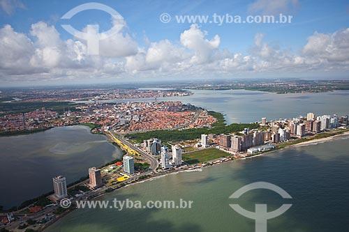 Assunto: Vista aérea da Lagoa Jansen e do bairro de Ponta Dareia / Local: São Luis - Maranhão (MA) - Brasil / Data: 06/2013