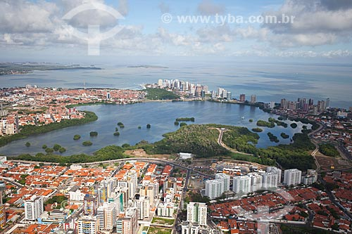 Assunto: Vista aérea da Lagoa do Jansen / Local: São Luis - Maranhão (MA) - Brasil / Data: 06/2013