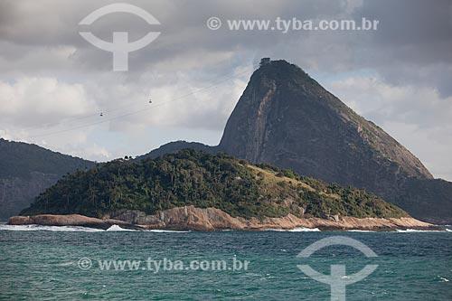 Assunto: Ilha de Cotunduba com o Pão de Açúcar ao fundo / Local: Rio de Janeiro (RJ) - Brasil / Data: 09/2013