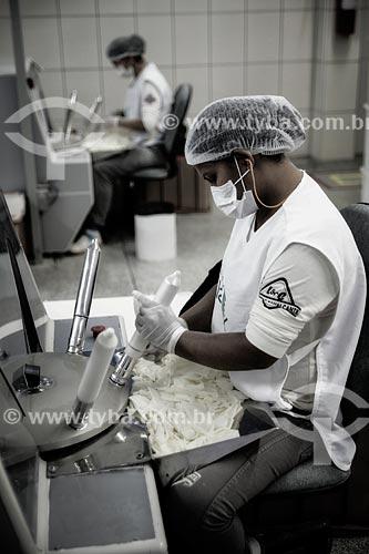 Assunto: Produção de preservativos com látex natural - Nátex / Local: Xapuri - Acre (AC) - Brasil / Data: 05/2013