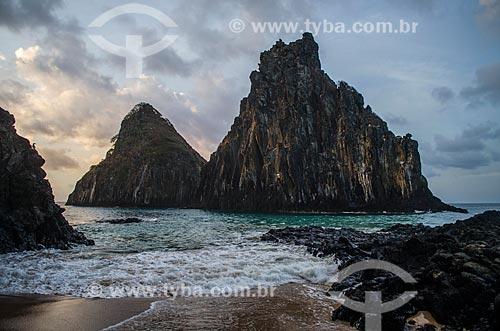 Assunto: Baía dos Porcos e Morro Dois Irmãos / Local: Arquipélago de Fernando de Noronha - Pernambuco (PE) - Brasil / Data: 10/2013