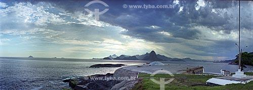 Assunto: Vista do Rio de Janeiro a partir do Forte do Imbuí (1863) / Local: Niterói - Rio de Janeiro (RJ) - Brasil / Data: 2002