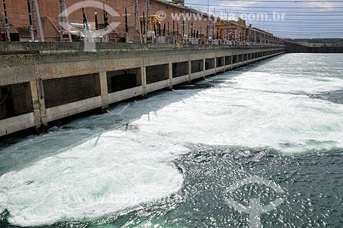 Assunto: Bacia de Dissipação na Usina Hidrelétrica de Ilha Solteira / Local: Ilha Solteira - São Paulo (SP) - Brasil / Data: 10/2013