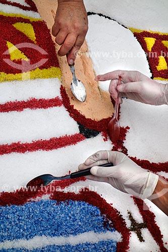 Assunto: Montagem de tapete para a procissão de Corpus Christi na Avenida Chile / Local: Centro - Rio de Janeiro (RJ) - Brasil / Data: 05/2013
