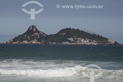 Assunto: Praia da Barra da Tijuca com a Ilha Pontuda ao fundo / Local: Barra da Tijuca - Rio de Janeiro (RJ) - Brasil / Data: 11/2013