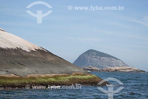 Assunto: Ilha Comprida com Ilha Redonda ao fundo - parte do Monumento Natural das Ilhas Cagarras / Local: Rio de Janeiro (RJ) - Brasil / Data: 11/2013