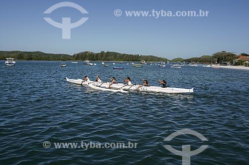 Grupo praticando canoagem no Canal de Itajuru  - Cabo Frio - Rio de Janeiro - Brasil