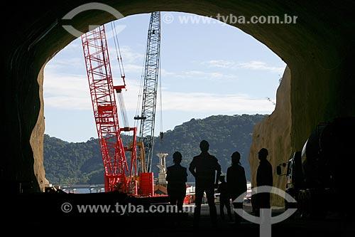 Túnel que liga o pátio de estocagem ao píer do Porto Sudeste - empreendimento da MMX, Grupo EBX do empresário Eike Batista  - Itaguaí - Rio de Janeiro - Brasil