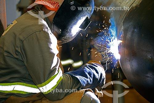 Assunto: Soldagem de tubos na obra de construção da Unidade de Fertilizantes Nitrogenados da PETROBRAS / Local: Três Lagoas - Mato Grosso do Sul (MS) - Brasil / Data: 09/2013