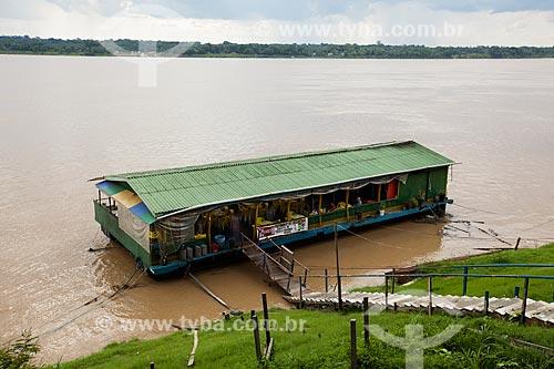 Assunto: Bar e restaurante flutuante no cais do Rio Madeira / Local: Porto Velho - Rondônia (RO) - Brasil / Data: 10/2013