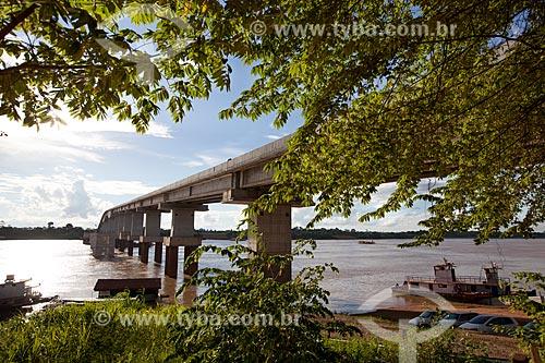Assunto: Ponte sobre o Rio Madeira que liga a capital Porto Velho ao estado do Amazonas  / Local: Porto Velho - Rondônia (RO) - Brasil / Data: 11/2013