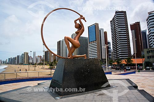 Assunto: Escultura Iracema Guardiã (1996) - na Praia de Iracema / Local: Fortaleza - Ceará (CE) - Brasil / Data: 11/2013