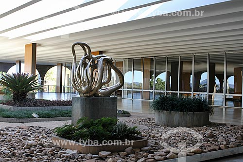 Assunto: Escultura Canto da Noite no Palácio do Itamaraty / Local: Brasília - Distrito Federal (DF) - Brasil / Data: 08/2013