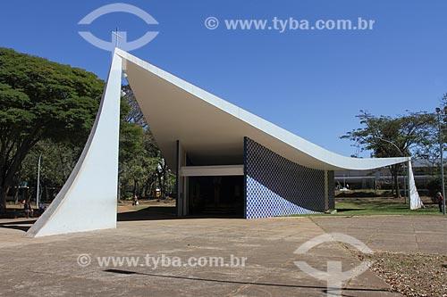 Assunto: Igreja de Nossa Senhora de Fátima (1958) - também conhecida como Igrejinha da 307/308 Sul / Local: Brasília - Distrito Federal (DF) - Brasil / Data: 08/2013