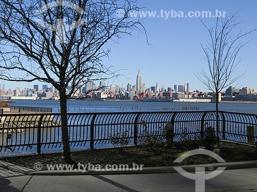 Assunto: Vista de Manhattan com o Empire State Building (1931) / Local: Nova Iorque - Estados Unidos - América do Norte / Data: 11/2013