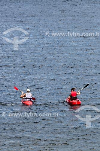 Assunto: Turistas em caiaque na Praia no Forno / Local: Arraial do Cabo - Rio de Janeiro (RJ) - Brasil / Data: 01/2014