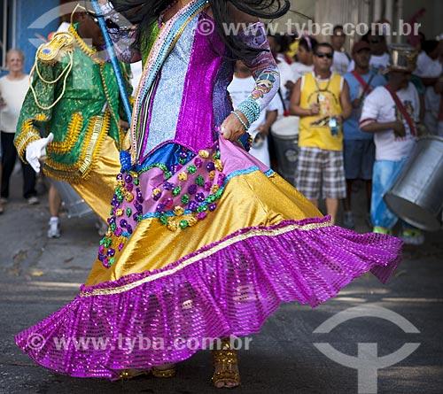 Assunto: Mestre-sala e porta-bandeira do bloco de carnaval de rua Loucura suburbana / Local: Engenho de Dentro - Rio de Janeiro (RJ) - Brasil / Data: 02/2012
