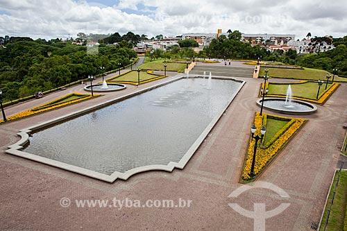 Assunto: Fontes e lago artificial no Parque Tanguá / Local: Curitiba - Paraná (PR) - Brasil / Data: 12/2013