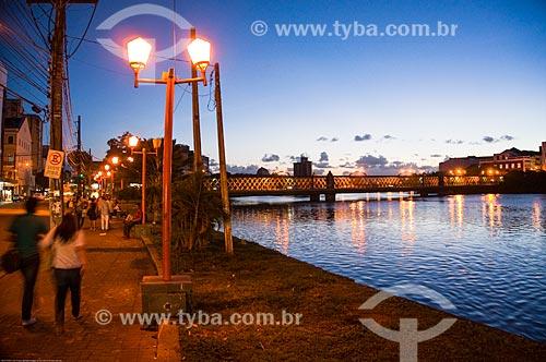 Assunto: Ponte da Boa Vista (1874) sobre o Rio Capibaribe / Local: Recife - Pernambuco (PE) - Brasil / Data: 11/2013