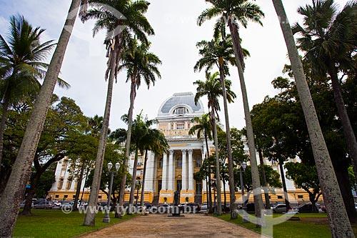 Assunto: Vista do Palácio da Justiça (1930) - sede do Tribunal de Justiça de Pernambuco - a partir da Praça da República / Local: Santo Antônio - Recife - Pernambuco (PE) - Brasil / Data: 11/2013
