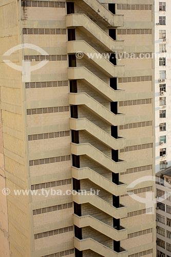 Assunto: Escada de emergência em prédio do centro / Local: Centro - Rio de Janeiro (RJ) - Brasil / Data: 02/2014