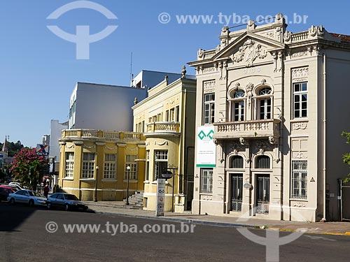 Assunto: Câmara da Indústria, Comércio, Serviços e Agropecuária do Vale do Paranhana (1918) com o Clube Comercial de Taquara (1926) ao fundo / Local: Taquara - Rio Grande do Sul (RS) - Brasil / Data: 12/2013