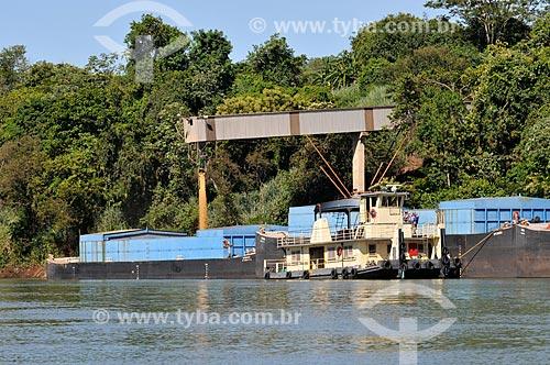 Assunto: Embarque de Milho e Soja - Região Portuária no Rio Paranaíba / Local: São Simão - Goiás (GO) - Brasil / Data: 02/2014