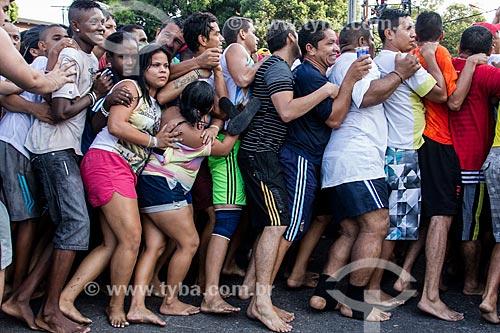 Assunto: Fiéis segurando a corda no Círio de Nossa Senhora de Nazaré / Local: Belém - Pará (PA) - Brasil / Data: 10/2013