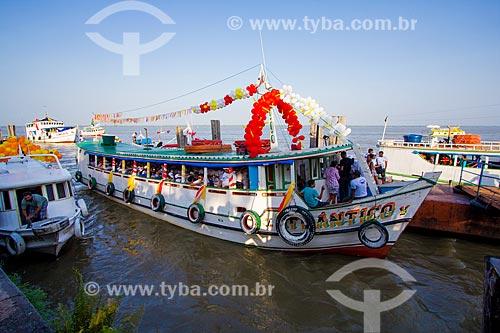 Assunto: Barcos durante procissão fluvial no Círio de Nossa Senhora de Nazaré / Local: Belém - Pará (PA) - Brasil / Data: 10/2012