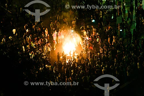 Manifestantes durante protesto do Movimento Passe Livre na Avenida Presidente Antônio Carlos  - Rio de Janeiro - Rio de Janeiro - Brasil