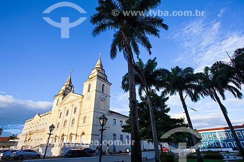 Assunto: Catedral de São Luís do Maranhão (Catedral de Nossa Senhora da Vitória) e Palácio Episcopal no lado esquerdo / Local: São Luís - Maranhão (MA) - Brasil / Data: 06/2013