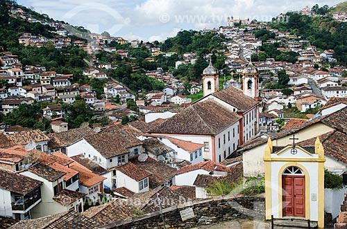 Assunto: Passo do Pretório ou Antônio Dias com Igreja de Santa Efigênia ao fundo / Local: Ouro Preto - Minas Gerais (MG) - Brasil / Data: 06/2012