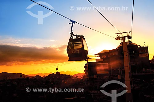 Assunto: Gôndolas do Teleférico do Alemão operado pela SuperVia  / Local: Rio de Janeiro (RJ) - Brasil / Data: 10/2013
