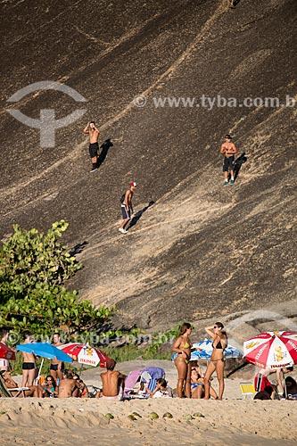 Assunto: Escalada do Morro do Tucum - também conhecido como Costão de Itacoatiara - a partir da Praia de Itacoatiara / Local: Itacoatiara - Niterói - Rio de Janeiro (RJ) - Brasil / Data: 03/2014