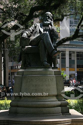 Assunto: Estátua de Dom Pedro II (1911) na Praça Dom Pedro II / Local: Petrópolis - Rio de Janeiro (RJ) - Brasil / Data: 03/2012