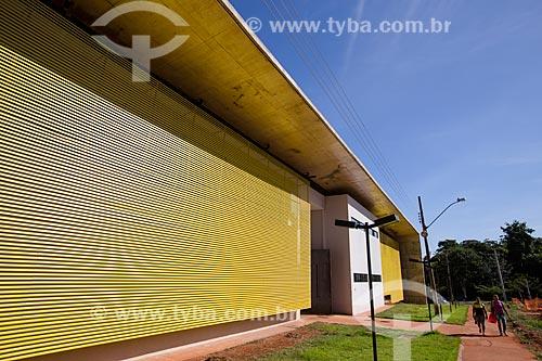 Assunto: Fachada do prédio da Faculdade de Artes Visuais (FAV) da Universidade Federal de Goiás / Local: Goiânia - Goiás (GO) - Brasil / Data: 05/2014