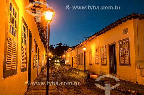 Assunto: Vista noturna da Rua Dom Cândido a casa à esquerda é o Museu Cora Coralina / Local: Goiás - Goias (GO) - Brasil / Data: 05/2012