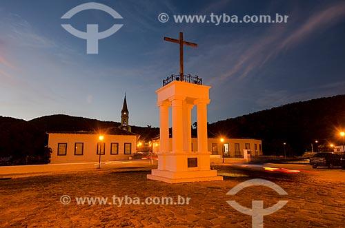 Assunto: Vista noturna da Cruz do Anhanguera / Local: Goiás - Goias (GO) - Brasil / Data: 05/2012