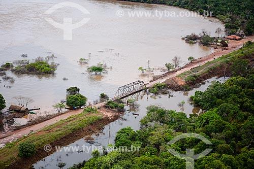 Assunto: Ponte na Rodovia BR-425 próximo a cidade de Guajará-Mirim / Local: Guajará-Mirim - Rondônia (RO) - Brasil / Data: 04/2014